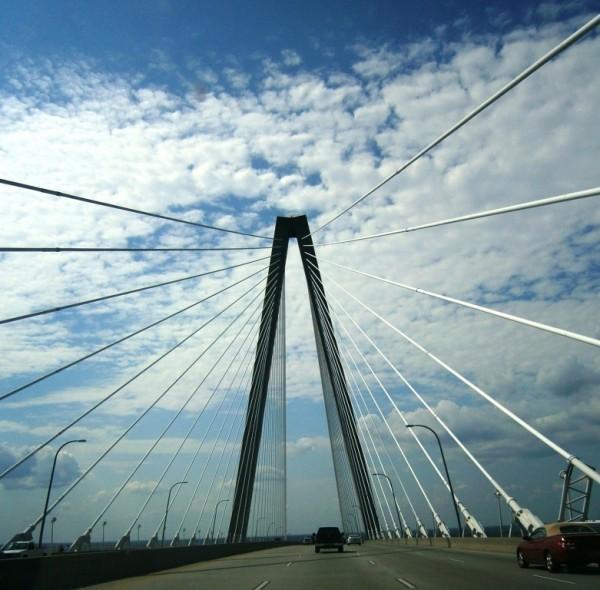 Znan tudi kot New Cooper River Bridge