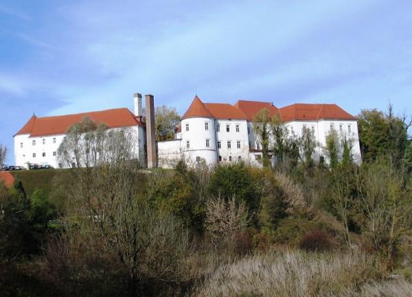 Grad Hrastovec