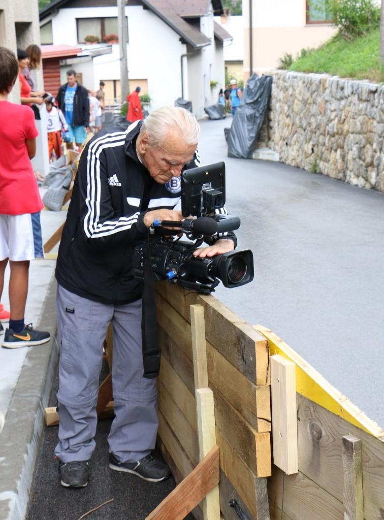 Legendarni dokumentator