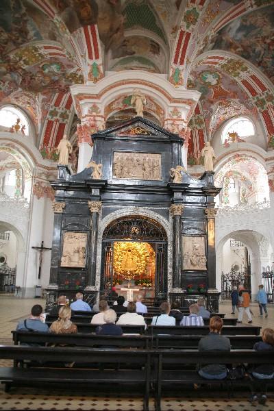 Kapela s črno Marijo je najbolj obiskan romarski kraj v Švici