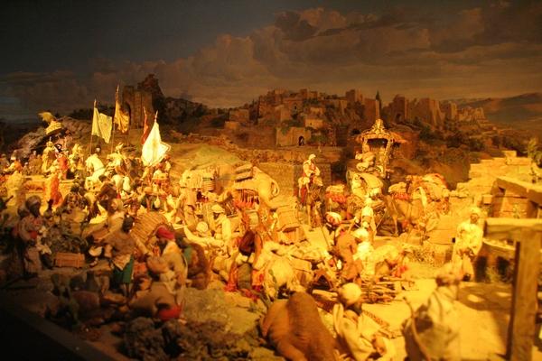 Nekaj od 450 lesenih figuric