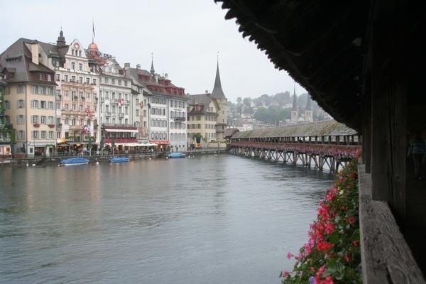 Pogled na mesto iz slovitega Kapellbrücke