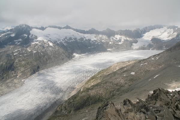 Ledenik Rhone iz vrha