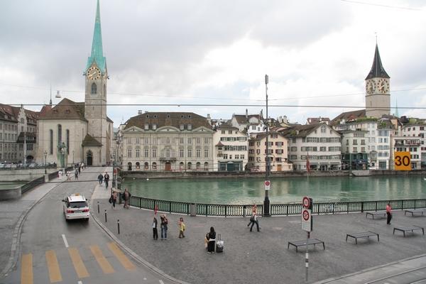 Frauenmünster iz razgledišča pred Großmünstrom