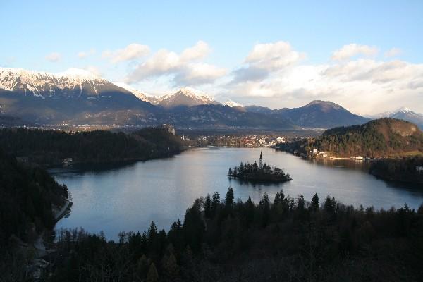 Pogled na jezero iz Ojstrice