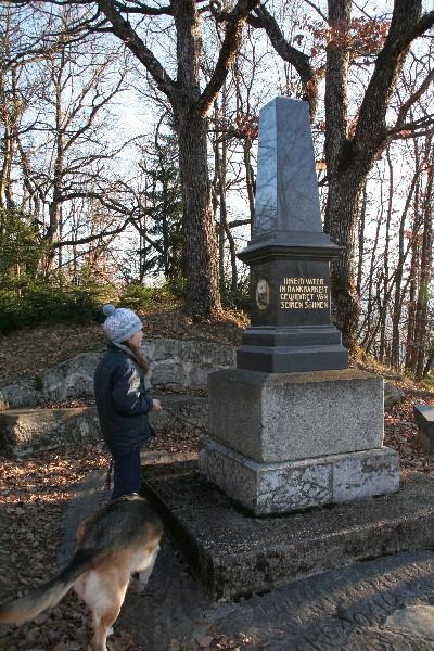 Spomenik Arnoldu Rikliju