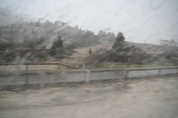 Sneži!