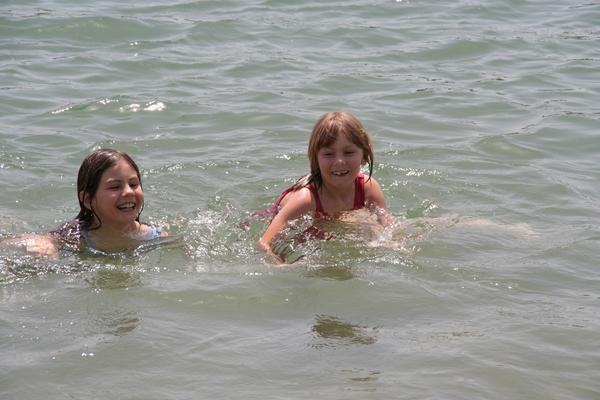 Voda je prav topla