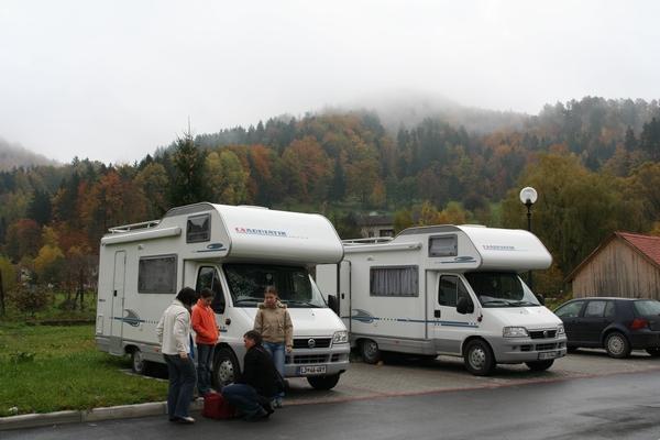 Na parkirišču v Dobrni