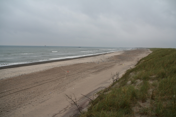 Samotna plaža pred Torsmindom