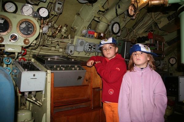 V podmornici