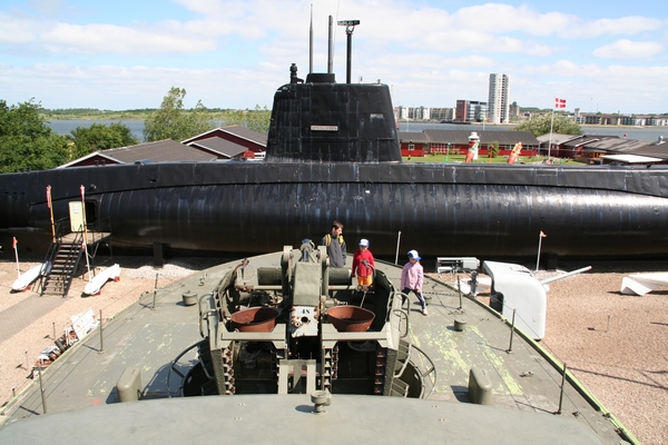 Pogled na podmornico iz krova rušilca