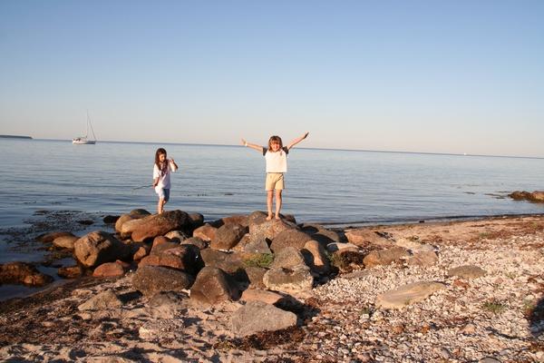 Ob obali