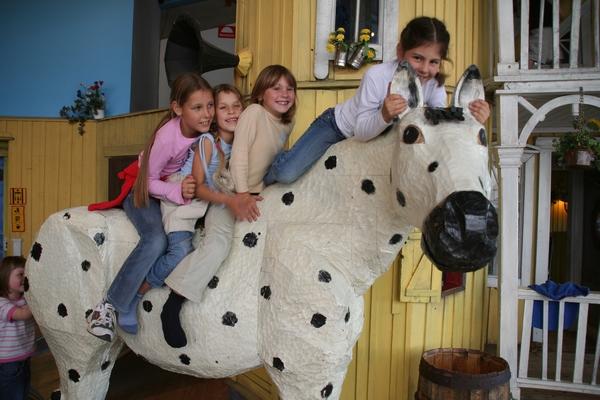 Konj Pike nogavičke v Junibacknu je res močan