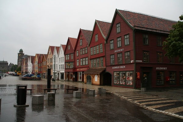 Mokro jutro v Bryggnu