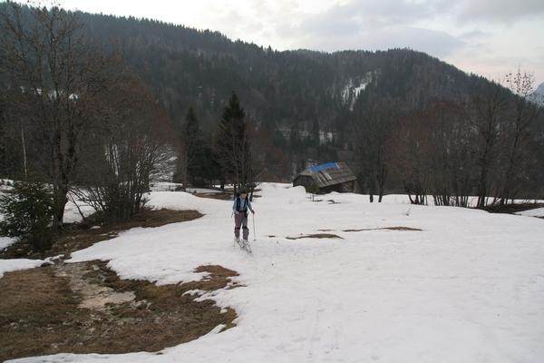 Travniki v Ravnah
