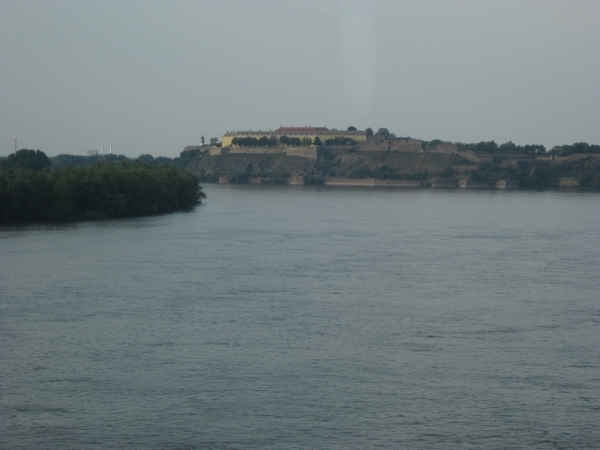 Petrovaradinska trdnjava pred nevihto