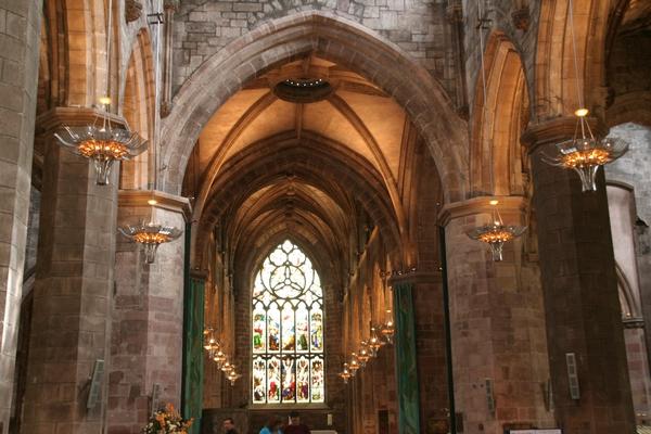 Oltarni del katedrale