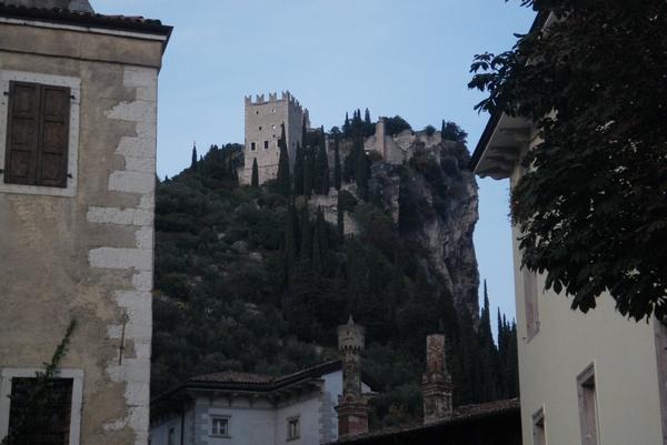 Nad mestom kraljuje grad