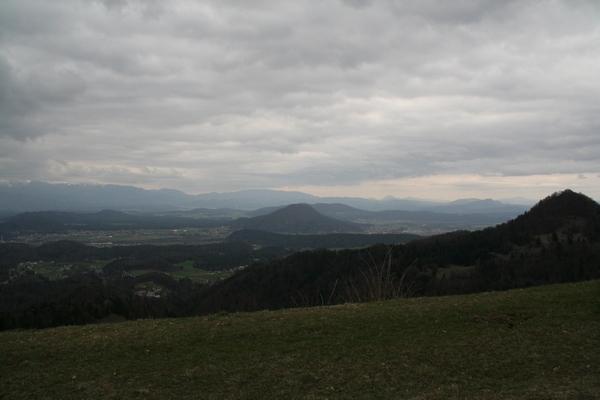 Šmarna gora pod oblaki