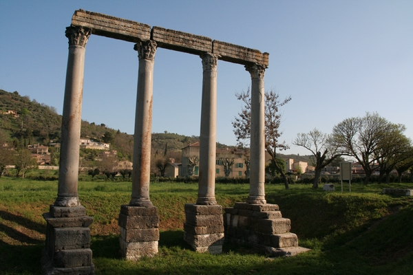 Ostanki Apolonovega templja