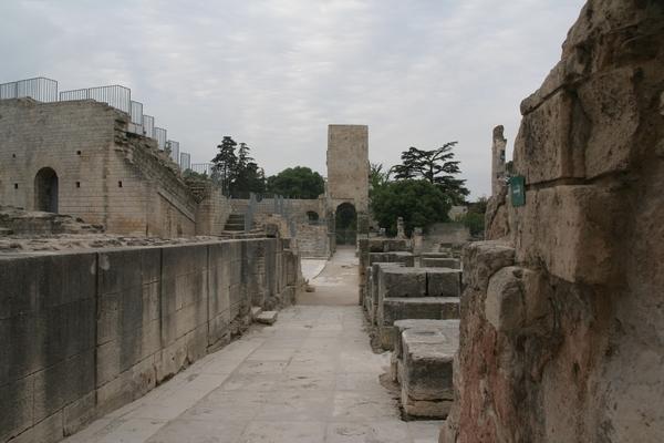 Antično gledališče v Arlesu