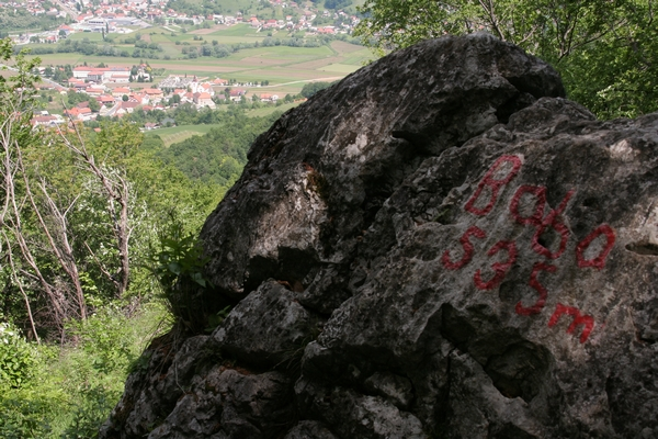 Škrbasti pogled na Zgornje Poljčane