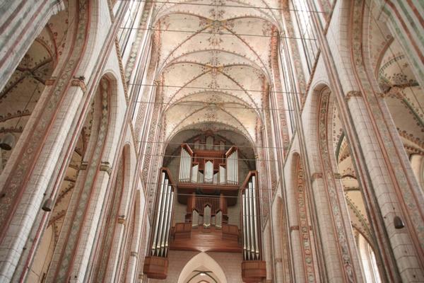 Visoki oboki Marijine cerkve v Lübecku