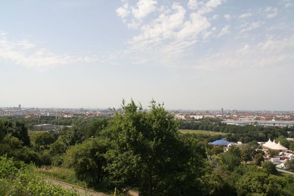 Pogled na München iz Olimpijskega griča