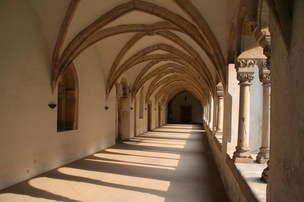 Križni hodnik v karmeličanskem samostanu