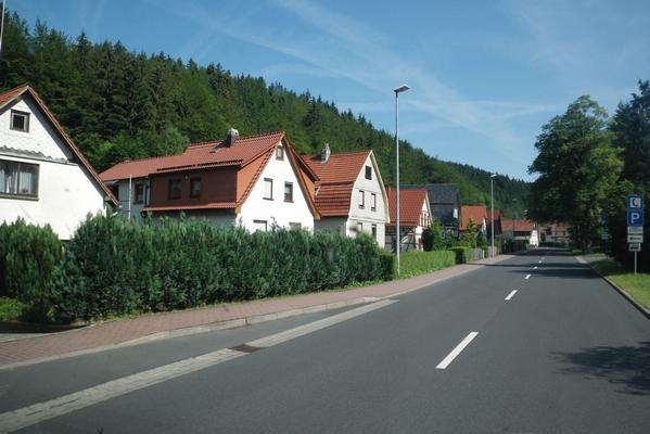 Hiške ob cesti skozi Thüringer wald