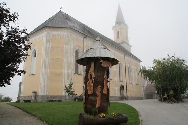 Cerkev Janeza Krstnika in Razbornik