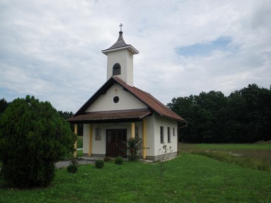 Kapela v Logarovcih