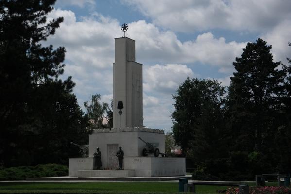 Spomenik NOB v Murski Soboti