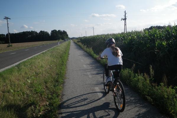 Bicikliranje proti Beltincem
