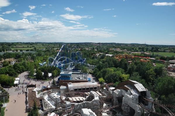 Pogled na zabavišče iz letečega krožnika