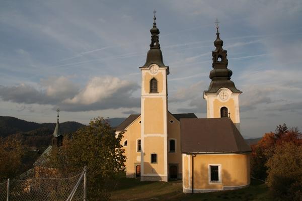 Cerkvi na vrhu