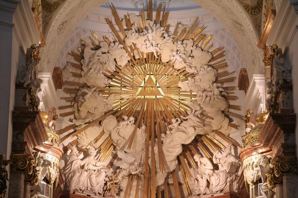 Skulptura v notranjosti cerkve