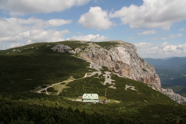 Seehütte, zadaj Preiner Wand