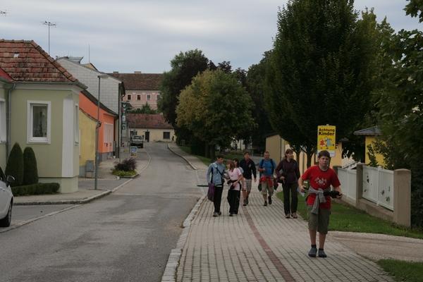 Sprehod skozi kraj Asparn