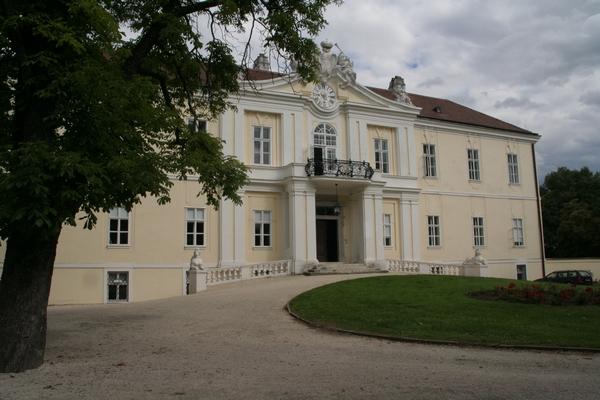 Dvorec Wilfersdorf