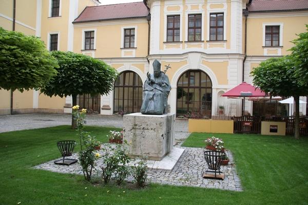 Spomenik Janezu Pavlu ll.