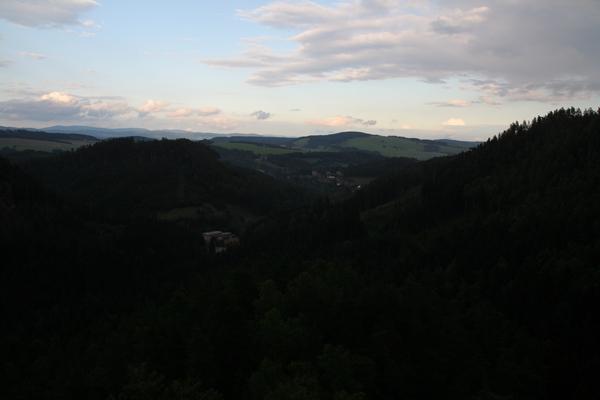 Večerni pogled z gradu Strmen